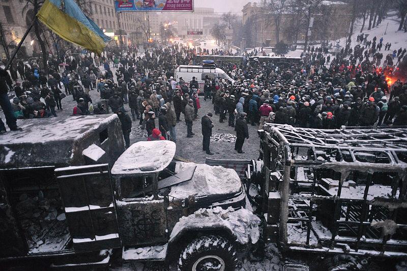 267307168_Euromaidan_Protests1.jpg.803d0d60da52872843097c0f0f10ffe8.jpg