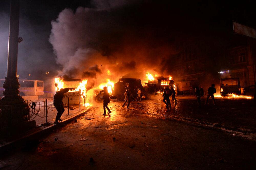 Euromaidan_Protests.thumb.jpg.5c77fc1c757e023d92da9f1318fcd41e.jpg