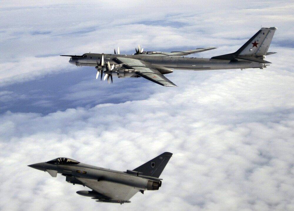 RAF_Tyhoon_Russian_Intercept.thumb.jpg.1101ef03bc46aa790ac5c5797907c98c.jpg